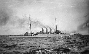HMS_Southampton_(1912) 8TH LIGHT CRUISER SQUADRON 1922-23.jpg