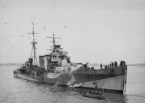 HMS_Colombo.jpg