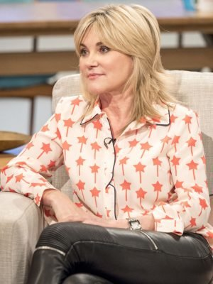 anthea-turner-main-300x400.jpg