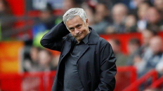 jose-mourinho-futbolcularini-sucladi-UPo.jpg