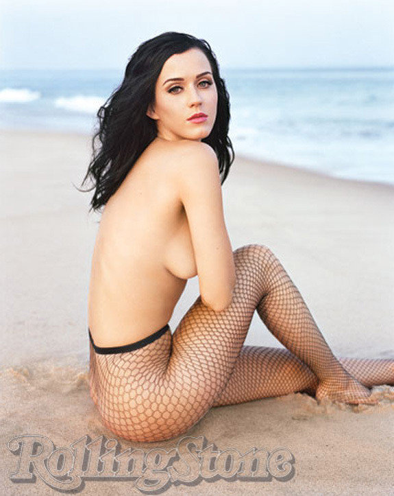 KATY-PERRY-TOPLESS.jpg