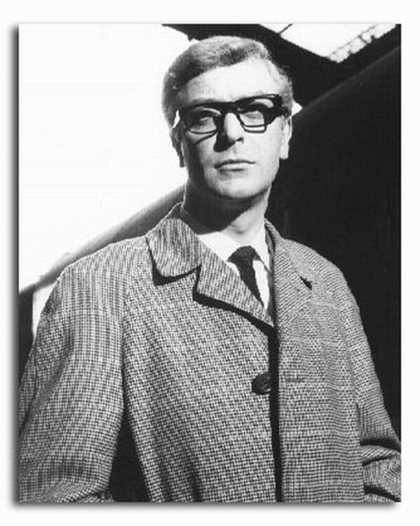 ss2184624_-_photograph_of_michael_caine_as_sergeant_harry_palmer_from_the_ipcress_file_available_in_4_sizes_framed_or_unframed_buy_now_at_starstills__97173__18701.1394484755.jpg