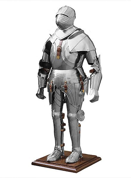 gothic-suit-of-armour--an-120485-1.jpg